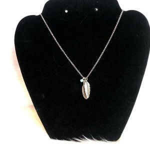 Silver feather pendant chain necklace
